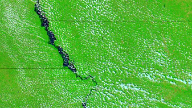 Tak wyglądała rzeka 23 czerwca / NASA