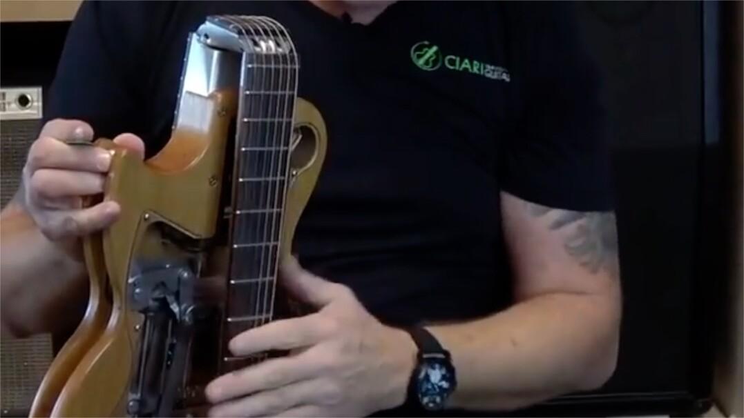 Składana gitara, zagrasz swoje ulubione ballady w dowolnym miejscu