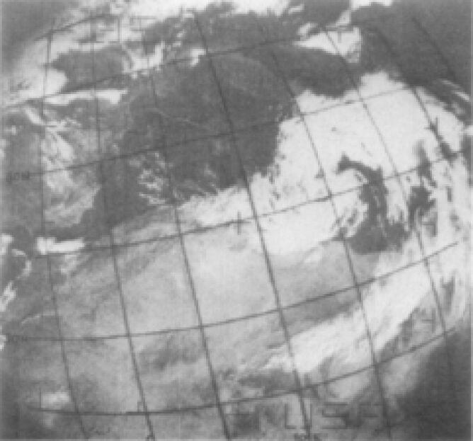 Widok z kosmosu na cyklon śródziemnomorski, który powstał z 1969 roku (NASA)