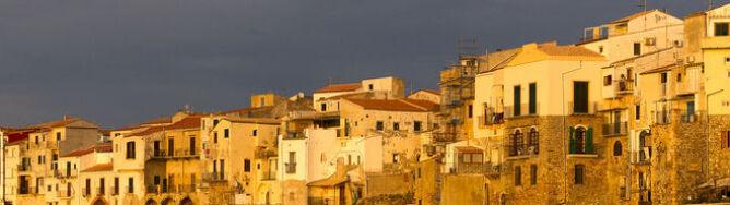 Hiszpania z 28 st. C, nad Sycylią burzowe chmury