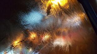 Opady deszczu i śniegu, możliwe przymrozki. Ostrzeżenia IMGW